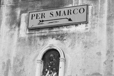per-san-marco-black-and-white-carla-pivonski